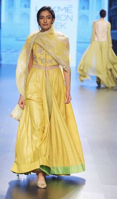 Anushree Reddy-at-lakme-fashion-week-16-13