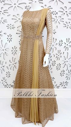 Shop for Anarkali & Gown designed by well known designers in India! Take breaths away at Mahendi, Sangeet & Wedding wearing these outfits by Palkhi Fashion. Anarkali Dress, Pakistani Dresses, Indian Dresses, Indian Outfits, Dress Outfits, Casual Dresses, Fashion Dresses, Hijab Fashion, Fashion Clothes