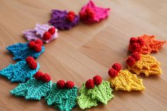 PDF crochet pattern Rainbow holly Garland - instant download - Christmas garland…
