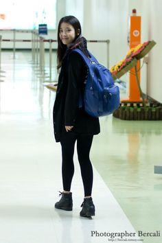 seeee yeneh she looks like u w/ hints of mehh - Site Title Kim So Hyun Fashion, Kpop Fashion, Korean Fashion, Airport Fashion, Korean Star, Korean Girl, Kpop Outfits, Cute Outfits, Snsd