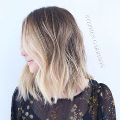 """PoP   Color: @stephengarrison  Cut/style: @salsalhair  #babyblonde #beachyblonde #sunkissed #ombre #sombre #balayage #balayagehaircolor #beverlyhills…"""