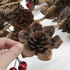 Best 12 Natural Pinecone and Berry Garland – Christmas Garlands – Christmas and Winter – Holiday Crafts Christmas Pine Cones, Diy Christmas Garland, Christmas Christmas, Country Christmas, Diy Garland, Magical Christmas, Christmas Centerpieces, Father Christmas, Christmas Shirts