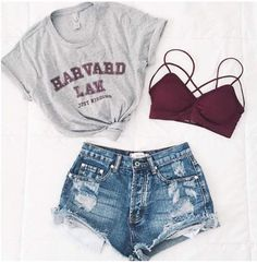Total Look Outfit Inspiration T-Shirt Gray Harvard Knot Mini Shorts Jean De ., Total Look Outfit Inspiration T-Shirt Gray Harvard Knot Mini Shorts Jean Destroy Supports Red Throat. Teenage Outfits, Teen Fashion Outfits, Shorts Outfits For Teens, Denim Outfits, Fashion Games, Jugend Mode Outfits, Cute Casual Outfits, Cute Summer Outfits For Teens, Casual Dresses