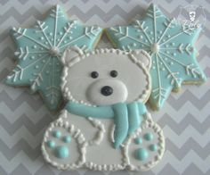 One Dozen 12 Snow and Ice Polar Bear / Winter by DolceDesserts
