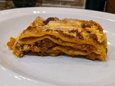 #Meatless, #LactoseFree, #GlutenFree Lasagne al Forno (#Italian Beef Lasagna) with @beyondmeat. Is it as good as the meat version, no. Is it pretty dang good, YES! Italian Beef, Lactose Free, Glutenfree, Great Recipes, Meat, Ethnic Recipes, Pretty, Food, Lasagna
