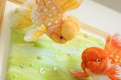 Etsy の Needle felted goldfishHama nishiki by demetyoubi