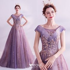 Fashion Purple Glitter Prom Dresses 2020 A-Line / Princess Scoop Neck Sequins Pearl Rhinestone Lace Flower Sleeveless Backless Sweep Train Formal Dresses Event Dresses, Prom Party Dresses, Homecoming Dresses, Occasion Dresses, Wedding Dresses, Glitter Prom Dresses, Robes D'occasion, Prom Dresses With Sleeves, Short Dresses