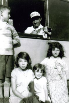 my father,driver at roma bakery in Emard ,with my step sisters Old Family Photos, Couple Photos, Aunts, My Father, My Family, 1930s, Bakery, Sisters, Couple Pics
