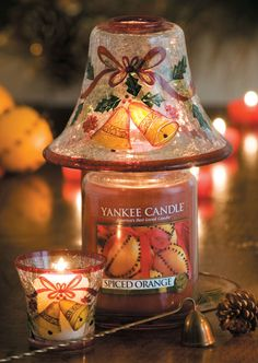 Buy now at www.scentedcandleshop.com - Yankee Candle Christmas Gifts. Brought to you by @ScentedCandleShop.com #candles #yankeecandles #yankeearmy #christmasgifts #yankeecandle #mixology #yankeetarts #yankeeaddict #yankeeaddicts #giftsets #giftideas #christmas #giftset #stockingstuffer
