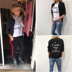 Nieuwe collectie �� - paris bomber jack met tijgerprint voering € 44,95 - sjaal € 12,95 - paris shirt € 19,95 - comfy broek met rode bies in meerdere kleuren € 24,95  Nieuwsgierig naar onze collectie ? Kom dan gezellig langs bij bella royal op de hilvertsweg 86 in hilversum of stuur ons een privebericht want, verzenden doen wij ook ���� #rebelz #collectie #paris #bomber #tijger #gaaf #fashion #dameskleding #bellaroyal #hilversum http://butimag.com/ipost/1500651670128245723/?code=BTTYr5Blzvb
