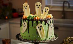 Chocolate Sponge, Chocolate Ganache, Ghost Cake, Smooth Cake, Halloween Chocolate, Cake Board, Halloween Decorations, Halloween Cakes, Cake Tins