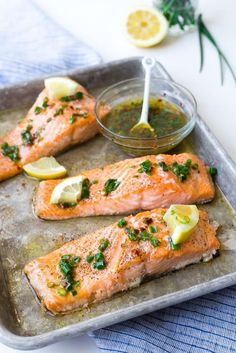 This flavorful and easy baked salmon with lemon and chives is a taste of summer! It is the perfect use for those chives in your garden! Whole30 Fish Recipes, Easy Fish Recipes, Raw Food Recipes, Seafood Recipes, Healthy Recipes, Sauce Recipes, Free Recipes, Baked Salmon Lemon, Baked Salmon Recipes