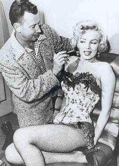 Marilyn Monroe in hair & makeup