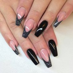 Super Ideas For French Pedicure Designs Glitter Bling Black Toe Nails, Black Nails With Glitter, Black French Nails, Glitter Art, Cute Nails, Pretty Nails, Hair And Nails, My Nails, Nagellack Design
