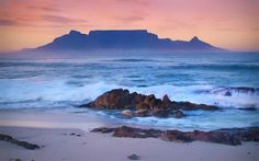 Table Mountain Cape Town South Africa :D Cape Town Photography, Landscape Photography, Cute Desktop Wallpaper, Trippy Wallpaper, Table Mountain Cape Town, Foto Picture, South Afrika, Mountain Pictures, Forest View