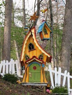 18 Create Your Own Garden Kid's Playhouse Ideas #garden #gardens #home #DIY #gardenplayhouse