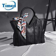 $31.89 (Buy here: https://alitems.com/g/1e8d114494ebda23ff8b16525dc3e8/?i=5&ulp=https%3A%2F%2Fwww.aliexpress.com%2Fitem%2FGenuine-Leather-Women-s-Bag-2016-New-Fashion-Diamonds-Brand-Handbag-Sheepskin-Lady-Shoulder-Bags-Female%2F32732253541.html ) Genuine Leather Women's Bag 2016 New Fashion Diamonds Brand Handbag Sheepskin Lady Shoulder Bags Female Elegant Messenger Bag for just $31.89