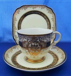 VINTAGE HAND PAINTED MEITO FINE CHINA TRIO (TEA CUP & SAUCER & TEA PLATE)