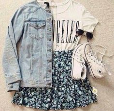 denim jacket // cute printed top // floral skirt // white sneakers // flirty summer outfit