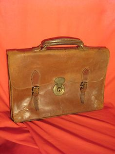 Extendable Leather Cooperative Very Old Travel Cases Steamer Trunk Antique