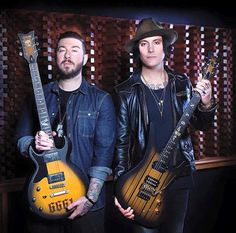 Zacky Vengeance & Synyster Gates con guitarras Schecter 2016 (avenged sevenfold, a7x)