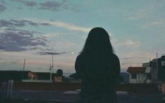 Photography girl alone sky 45 Super Ideas Sky Aesthetic, Aesthetic Photo, Aesthetic Pictures, Profile Pictures Instagram, Photo Instagram, Shadow Photography, Girl Photography, Ft Tumblr, Girl Shadow