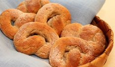 Coarse Småland pretzels with grain - Bread & Mill