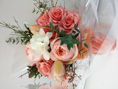 Peach hand-tied bouquet by Living Fresh http://livingfresh.ca