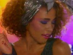 Whitney Houston, How will I know 1986