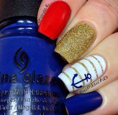Navy nails by @Amanda Snelson Snelson Kucharczyk