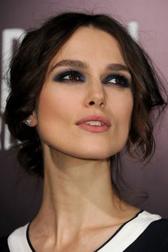 Keira Knightly navy blue slept in night time makeup