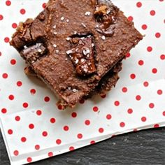 GLUTEN FREE. 4-Ingredient Flourless Chocolate Chunk Nutella Brownies...Another on  for you M :)