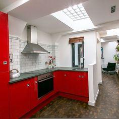 Küchen Küchenideen Küchengeräte Wohnideen Möbel Dekoration Decoration Living Idea Interiors home kitchen - Rote und weiße Küche