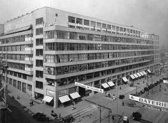 Facades, Prague, Multi Story Building, Architecture, Nice, Places, Arquitetura, Facade, Architecture Design