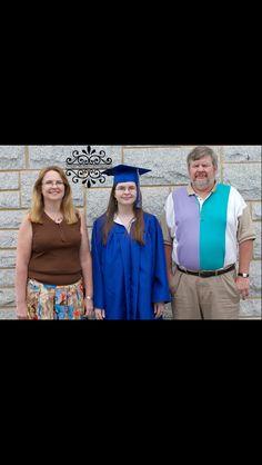 Maggie Nicholson Photography senior graduation family