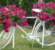 50 Stunning Spring Garden Ideas for Front Yard and Backyard Landscaping – Garten Ideen Garden Crafts, Garden Projects, Garden Art, Garden Ideas, Diy Projects, Veg Garden, Balcony Garden, Vegetable Gardening, Front Yard Landscaping
