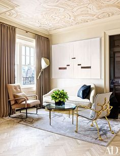 loveisspeed.......: A GREENWICH VILLAGE PENTHOUSE DESIGNED BY RAFAEL DE CÁRDENAS... Catering to a client's worldly tastes, designer Rafael de Cárdenas conjures elegant, cutting-edge interiors for a downtown New York apartment..
