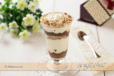 Coppette al mascarpone e Nutella, un dolce al cucchiaio senza uova, facile e veloce. Una crema al mascarpone da servire in coppe o bicchierini deliziosa!