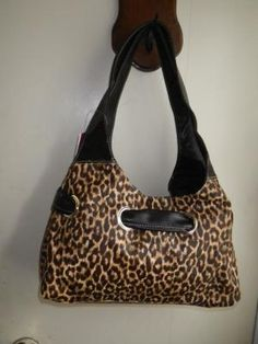 GORGEOUS LEOPARD ANIMAL PRINT HAND BAG. FREE SHIPPING FREE PHOTONS