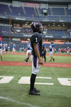 龍谷大学【サイド】 American Football, Football Helmets, Sporty, Running, Style, Fashion, Swag, Moda, Football