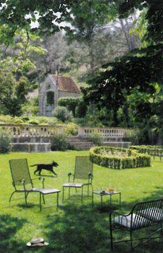 BOSC ARCHITECTES - MICHEL SEMINI paysagiste - SOPHIE BOSC décoration - bastide jardin chapelle pool-house