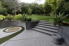 Backyard Landscaping – Origins of Japanese Landscape Design - DIY Landscape Backyard Modern Landscape Design, Japanese Landscape, Traditional Landscape, Garden Landscape Design, Modern Landscaping, Front Yard Landscaping, Sunken Patio, Garden Stairs, Garden Walls