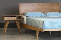 Mid Century Modern Side table Asymmetric with Drawer Bed Platform, Modern Platform Bed, Bed Joint, Latifa, Mens Bedding Sets, Mid Century Modern Side Table, Solid Wood Bed Frame, Cama King, Tall Headboard