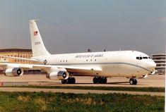 Aviones Caza y de Ataque: C-135 Stratolifter        Tripulación: 3: piloto, copiloto, operador de micrófono (4 para los aviones CRAG no PACER) Longitud: 136 pies 3 pulg (41,53 m) Envergadura: 130 ft 10 in (39,88 m) Altura: 41 pies 8 pulgadas (12,70 m) Área de ala: 2433 ft² (226 m²) Peso en vacío: 98.466 libras (44.663 kg) Peso Cargado: 297.000 libras (135.000 kg) Max. peso de despegue: 322.500 libras (146.000 kg) Central eléctrica: 4 × (R / T) CFM International CFM56 alta derivación motores…