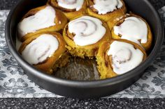 pumpkin cinnamon rolls, minutes later by smitten kitchen - this recipe is so tasty and gives great direction! Köstliche Desserts, Delicious Desserts, Dessert Recipes, Yummy Food, Tasty, Yummy Yummy, Pumpkin Recipes, Fall Recipes, Sweet Recipes