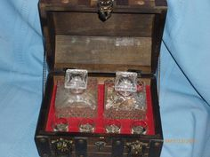 Vintage Wooden Pirate's Chest Glass Decanter Set
