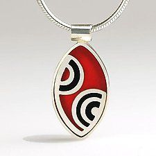 Elliptical Musical Note pendant by Victoria Varga (Silver & Resin Necklace)
