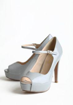 #ruchebridal #dreamwedding Gorgeous shoes!!