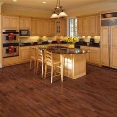 Mohawk Fairview Sunset American Cherry 7 mm Thick x 7-1/2 in. Width x 47-1/4 in. Length Laminate Flooring (19.63 sq. ft./ case)-HCL10-06 at ...