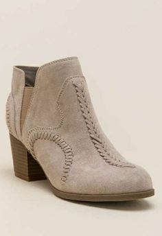 6fb96d91258fa7 These boots 😍 Cute High Heels